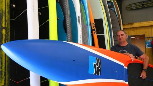 3 Bay voit grand avec ses stand-up paddle race