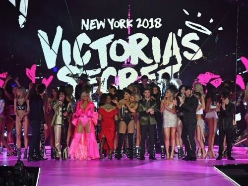 Victoria's Secret vendu à un fonds, son PDG se retire