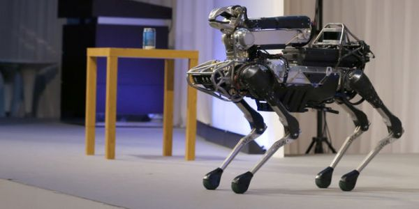 Adorable ou terrifiant, le robot-chien de Boston Dynamics sera lancé en 2019