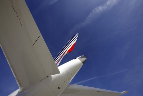 AIR FRANCE -KLM:  Air France-KLM signe un accord sur les salaires