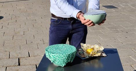 Marseille:  Anotherway relocalise sa production de bee wraps