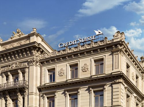 CREDIT SUISSE GROUP N:  Credit Suisse dément une nouvelle vague de suppressions de postes