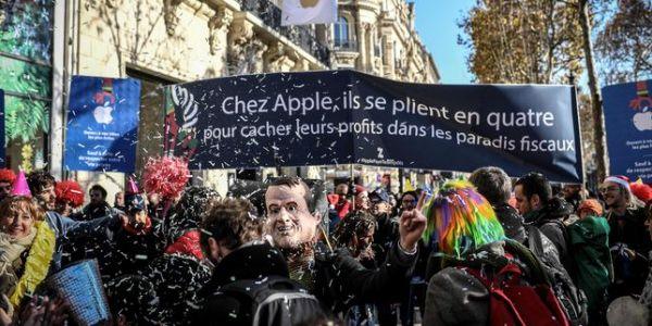 "Manifestation à Paris contre Apple, ""symbole d'évasion fiscale"""