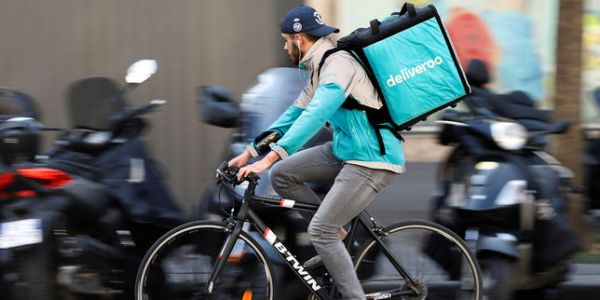 « Deliveroo résistera-t-il aux assauts d'Uber ? Un test pour l'Europe de la high-tech »
