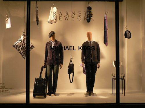 Economie:  Barneys New York explore ses options, envisage une faillite-sources