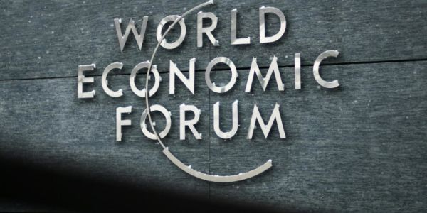 Trump, May, Macron:  défections en cascade au Forum économique de Davos
