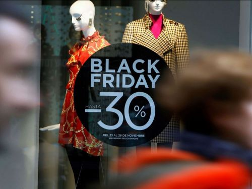 VIDEO - Comment le Black Friday est arrivé en France?