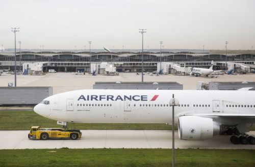 Air France:  les syndicats signent l'accord sur les salaires